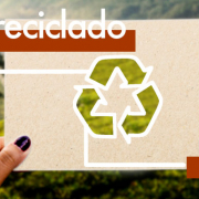 Proceso de reciclaje de papel